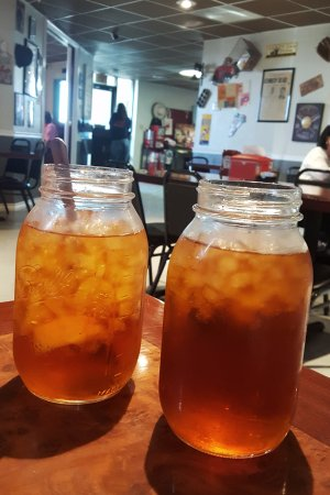 Fort Stockton, TX : Texas-sized iced tea