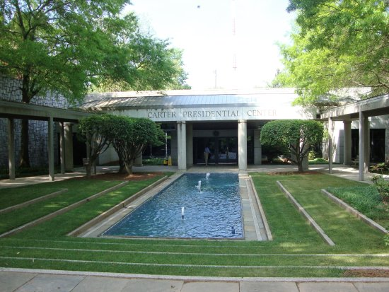 Jimmy Carter Library & Museum: Entrance to Carter Presidential Library