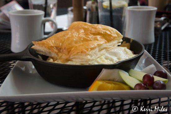 Cottonwood, AZ: Morning Pot Pie -- puff pastry with yumminess beneath