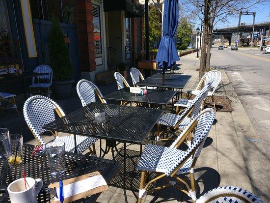 Covington, Κεντάκι: Outdoor Seating