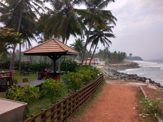 Blue Water Beach Resort: IMG_20170426_091612_HDR_large.jpg
