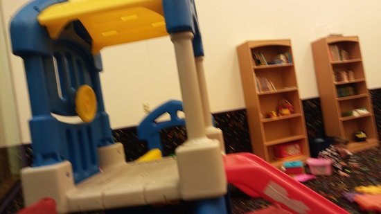 Peppertree at Tamarack HOA: toddler room