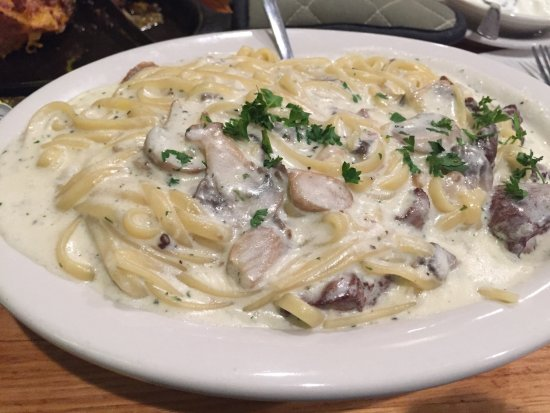 Chesterfield, MO: Linguine with Chicken Livers
