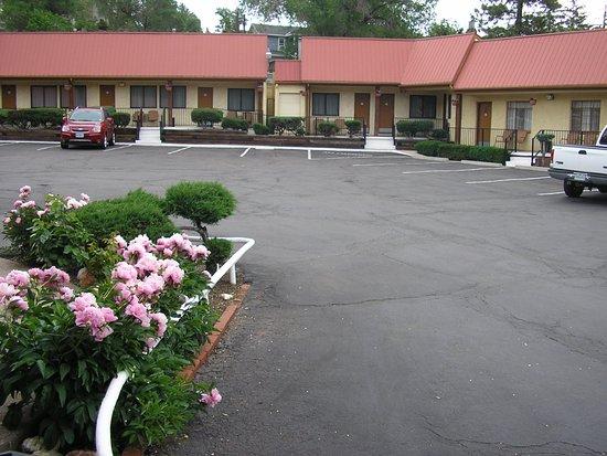 Mecca Motel Photo