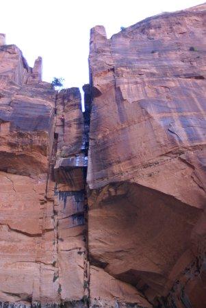 Emerald Pools: Kleiner Wasserfall