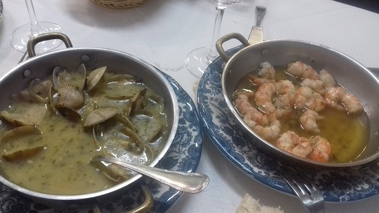 Bar Marucho: palourdes marinières et gambas ail&persil