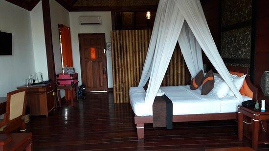 Pristine Lotus Spa Resort : 20170413_141451_large.jpg