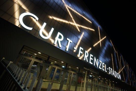 Curt-Frenzel-Stadion
