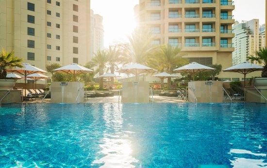 Sofitel Dubai Jumeirah Beach: Infini Pool