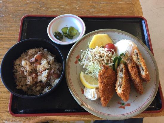 Foto de Ariake Michi-No-Eki Souvenir Hall