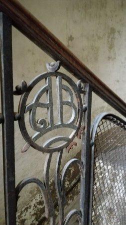 Int rieur d lot d 39 un immeuble art nouveau budapest for Art nouveau interieur