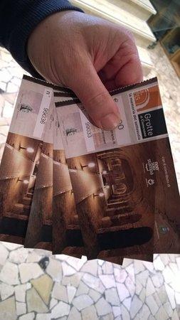 Camerano, Italy: biglietti