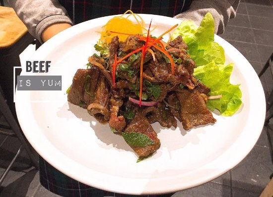 Richmond, Australia: beef salad