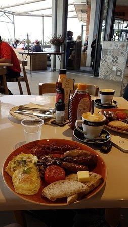 Bryanston, Sydafrika: breakfast