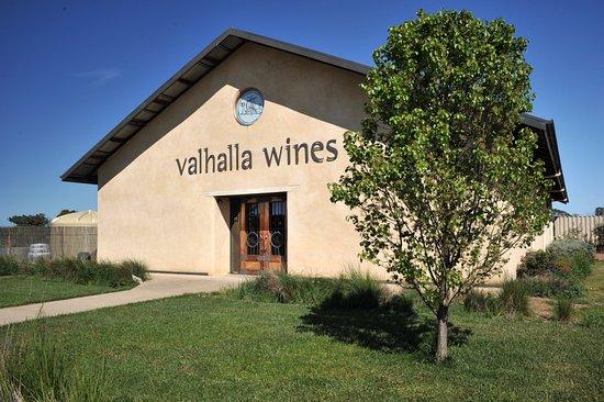 Wahgunyah, Australia: Valhalla Wines Stra