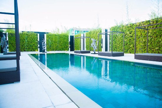 eqUILIBRIA SEMINYAK: Common Pool