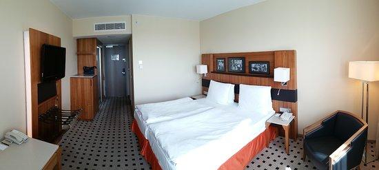 Zimmer billede af radisson blu hotel hamburg airport for Airfield hotel ganderkesee