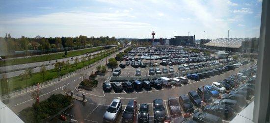 Aussicht picture of radisson blu hotel hamburg airport for Airfield hotel ganderkesee