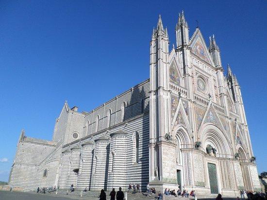 Duomo di Orvieto: Esterno