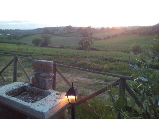 Semproniano, Ιταλία: panaroma dal giardino