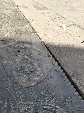Archidona, Spania: Bronzen fontijn op de Plaza Ochavada