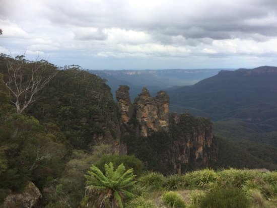 The Three Sisters : photo0.jpg