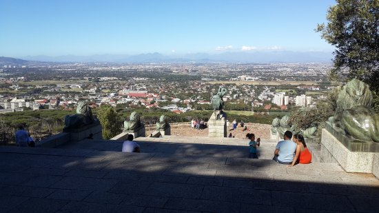 Rhodes Memorial: Views from the monument steps