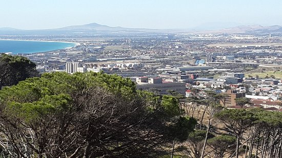 Rhodes Memorial: Atlantic ocean and Tygerberg Hill in the background