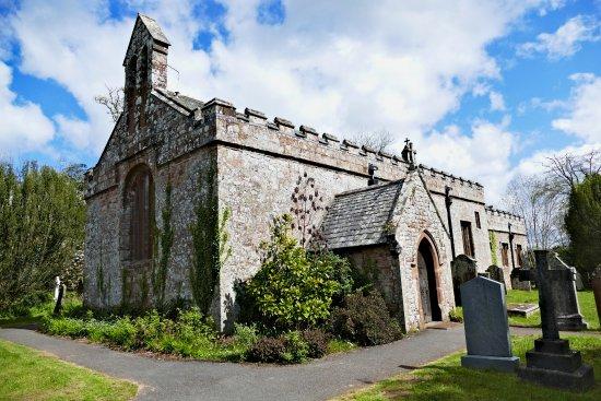 Ravenglass, UK: Muncaster Castle church