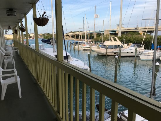 Smugglers Cove Resort and Marina: View from balcony