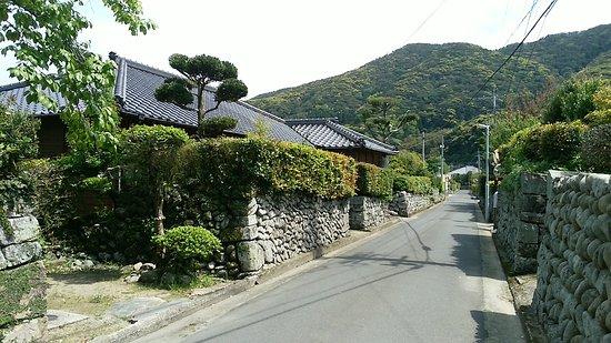 The remain of Sato Bukeyashiki