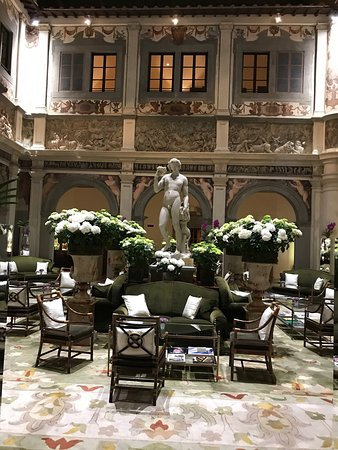 Four Seasons Hotel Firenze: photo1.jpg