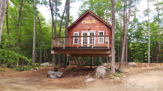 East Stoneham, ME: The Spruce Suite Treehouse