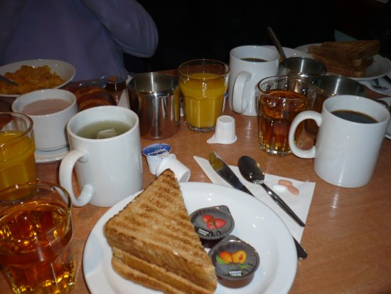 Lords Hotel: Petit déjeuner