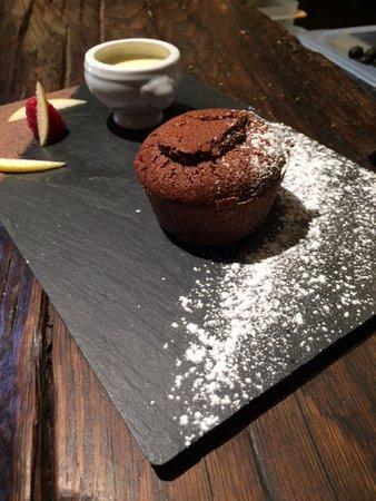 Gryon, Switzerland: moelleux au chocolat