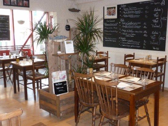 Ploubazlanec, Francia: salle du restaurant