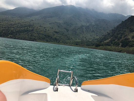 Kournas, Yunanistan: Enjoying a little Pedalo trip. You can also swim.