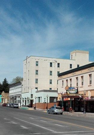 Murray Hotel : rechts das Hohe direkt neben dem Palace Hotel