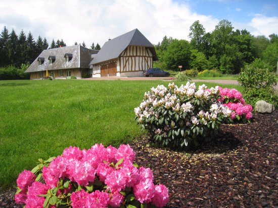 Barneville sur Seine, Francia: Notre Maison d'hôtes et son jardin