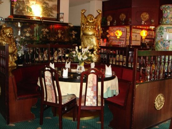 China Restaurant Goldene Lilie: Round tables for 10 people