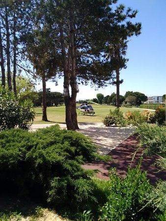 Lagrange Confort+ Residence du Golf : Vue sur le green