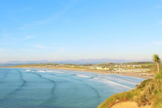 Rossnowlagh Surf School, Based on the beautiful Rossnowlagh Beach!