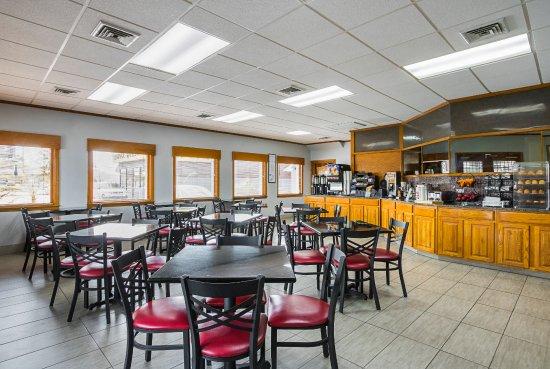 BEST WESTERN Central Inn: Breakfast area