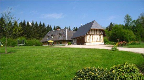 Barneville sur Seine, Francia: Notre maison d'Hôtes et le jardin