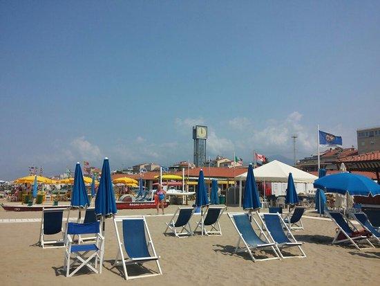 Playa viareggio foto di bagno raffaello viareggio tripadvisor - Bagno milano viareggio ...