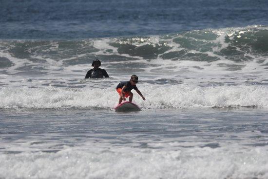 Peaks 'n Swells Surf Camp: RRN Surfing w/ Peaks 'n Swells