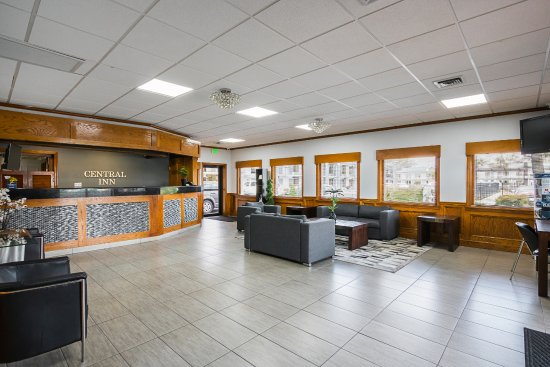 Best Western Central Inn: Lobby/ Front Desk area
