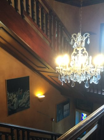 Auberge Des Chasseurs: Stairs