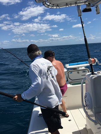 Picture of no vacansea private fishing for Private fishing charters
