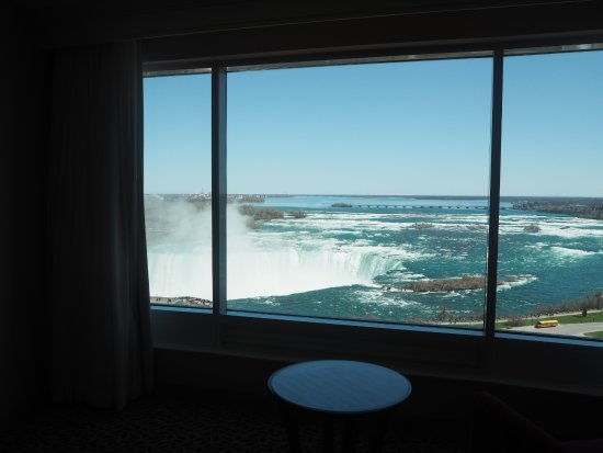 Niagara Falls Marriott Fallsview Hotel & Spa: View from the 11th floor